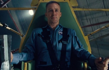 Ryan Gosling Tackles Neil Armstrong Oh-So-Stolidly in 'First Man'